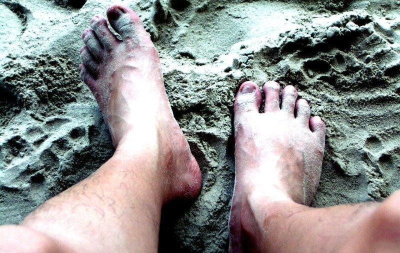legs-on-beach